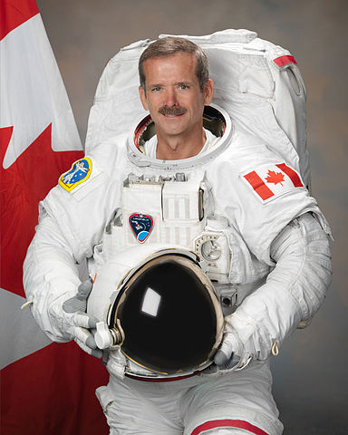 384px-Chris_Hadfield_2011 NASA RObert Markowitz
